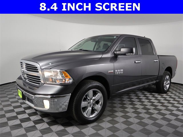 2016 Ram 1500 Lone Star 2WD Crew Cab 140.5″ Lone Star Regular Unleaded V-8 5.7 L/345 [8]