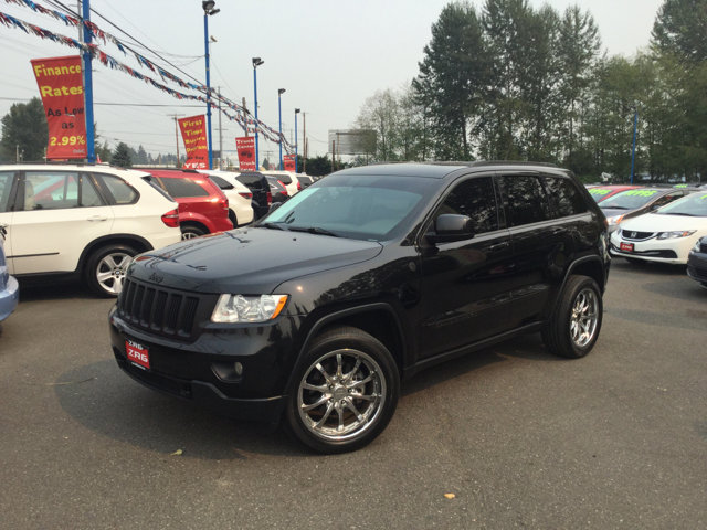 Used 2011 Jeep Grand Cherokee 4WD 4dr Laredo