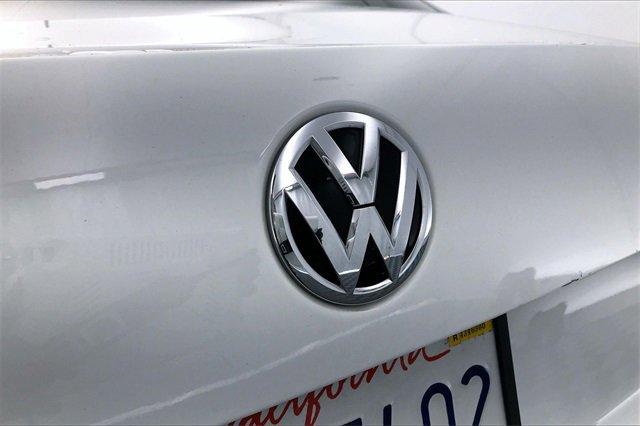 Used 2015 Volkswagen Jetta Sedan 4dr Man 2.0L Base