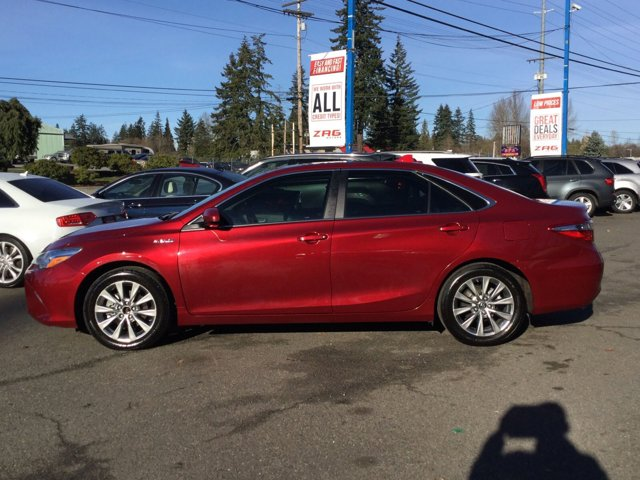 Used 2015 Toyota Camry Hybrid 4dr Sdn XLE