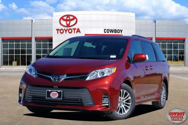 New 2020 Toyota Sienna in Dallas, TX