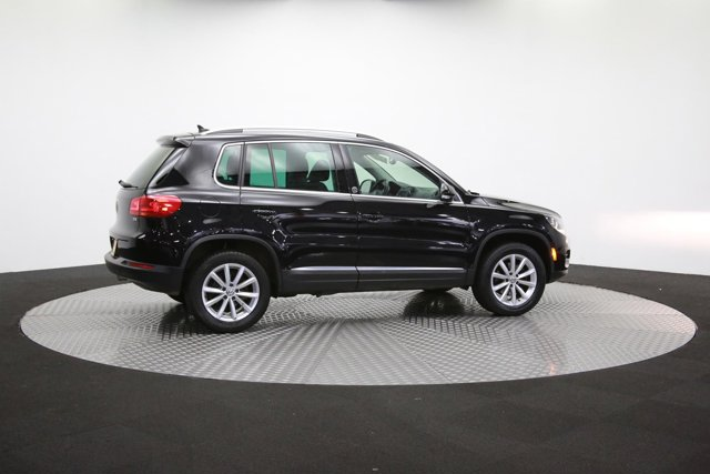 2017 Volkswagen Tiguan for sale 123058 38
