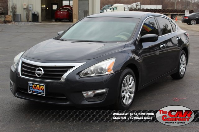 Used 2015 Nissan Altima in Warsaw, IN