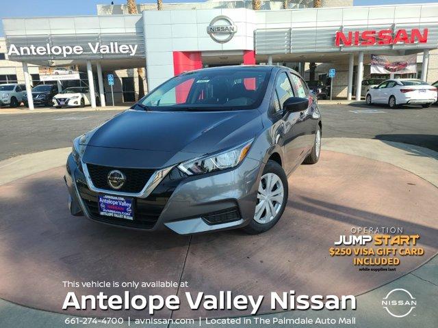 2020 Nissan Versa S S CVT Regular Unleaded I-4 1.6 L/98 [14]