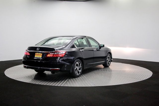 2017 Honda Accord 122207 34