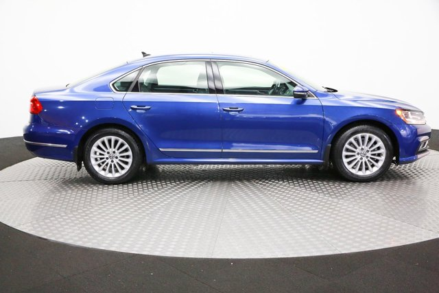 2016 Volkswagen Passat for sale 122790 3
