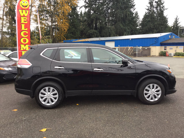 Used 2015 Nissan Rogue AWD 4dr S