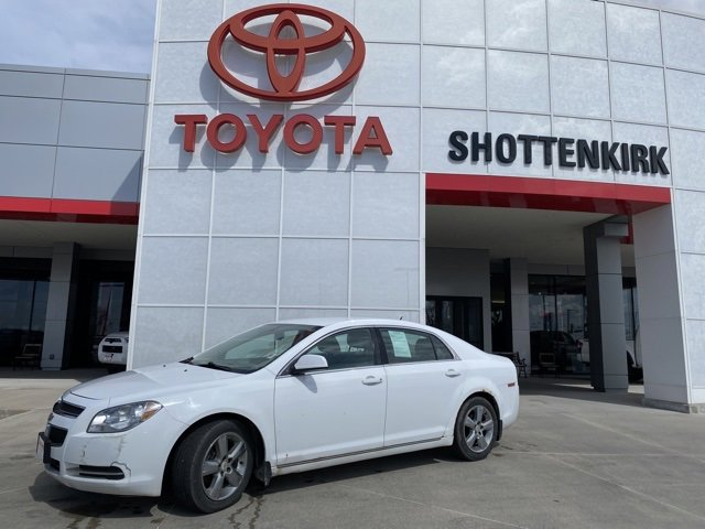 Used 2010 Chevrolet Malibu in Quincy, IL