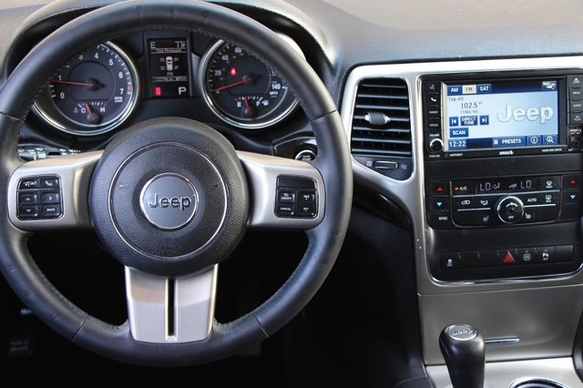 2012 Jeep Grand Cherokee Laredo 14