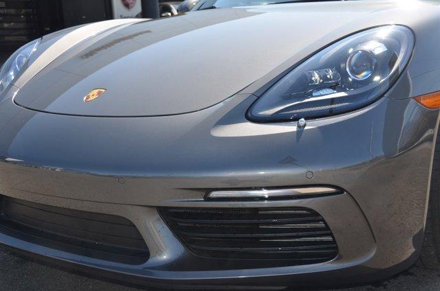 2019 Porsche Boxster photo