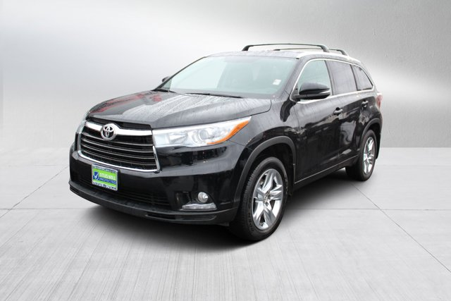 Used 2015 Toyota Highlander in Tacoma, WA