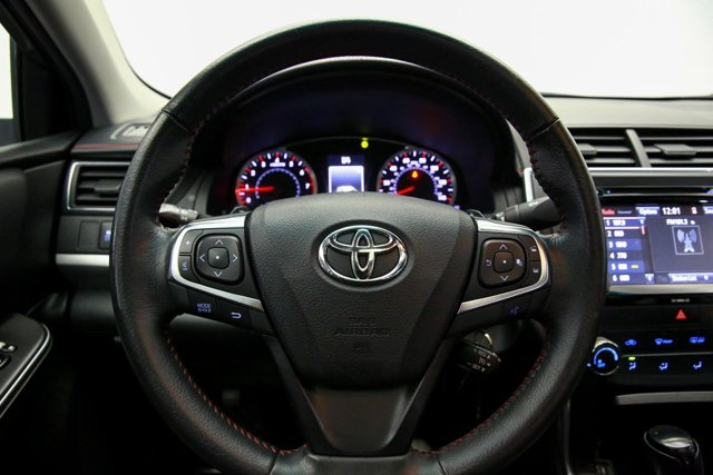 2017 Toyota Camry for sale 123631 9