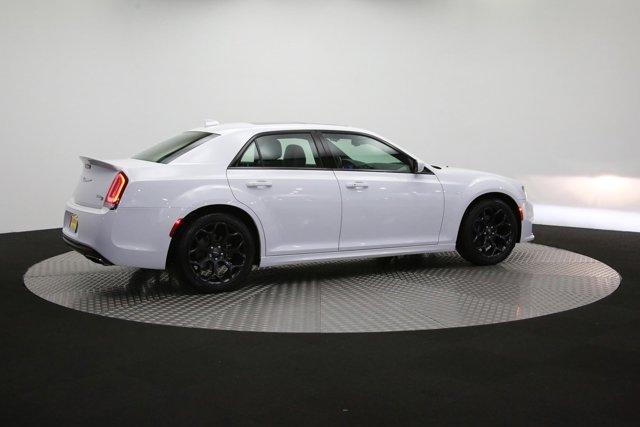 2019 Chrysler 300 for sale 122966 39
