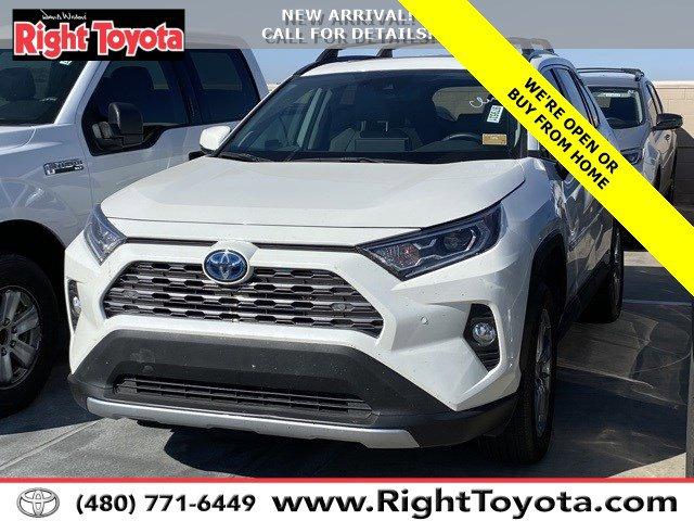 2018 Toyota RAV4 LE LE FWD Regular Unleaded I-4 2.5 L/152 [13]