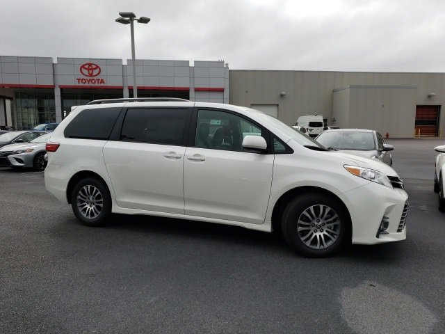 New 2020 Toyota Sienna in , AL
