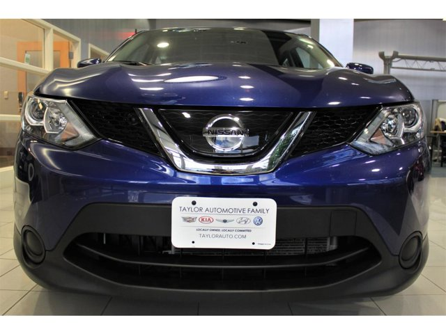 2019 Nissan Rogue Sport S photo