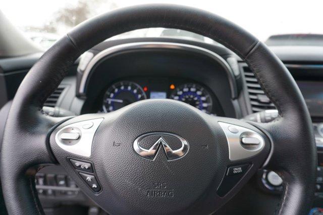 Used 2017 Infiniti QX70 RWD