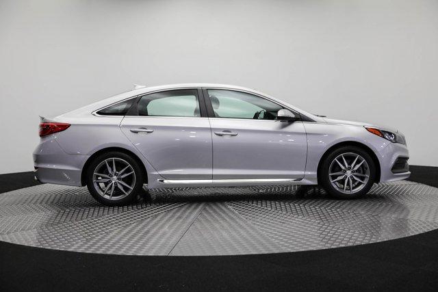 2017 Hyundai Sonata for sale 124601 3