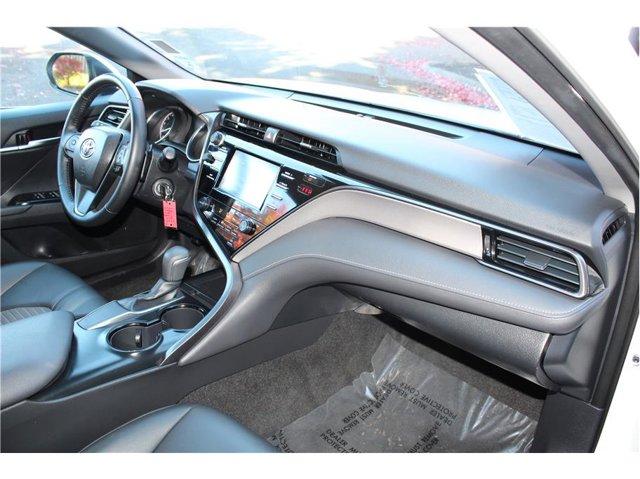 2019 Toyota Camry SE Sedan 4D