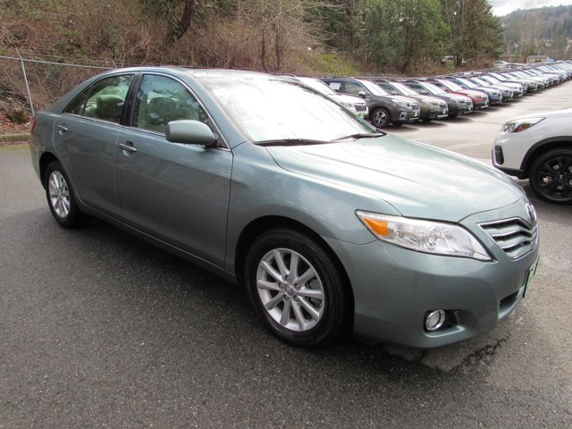 Used 2011 Toyota Camry XLE
