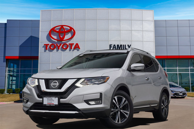 Used 2017 Nissan Rogue in Arlington, TX