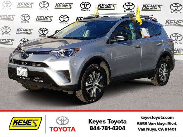 Used 2017 Toyota RAV4 in , CA