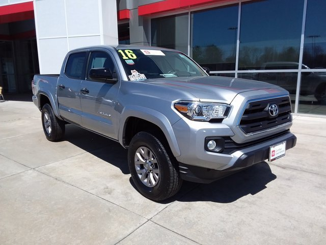 Used 2016 Toyota Tacoma in Lexington Park, MD