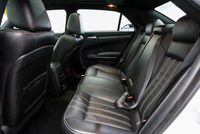 2019 Chrysler 300 for sale 122966 19