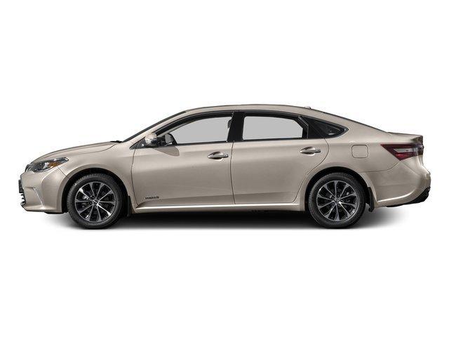 New 2017 Toyota Avalon Hybrid in Brooklyn, NY