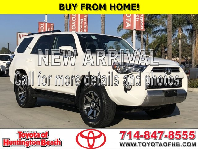 2020 Toyota 4Runner TRD Off-Road TRD Off Road 4WD Regular Unleaded V-6 4.0 L/241 [3]