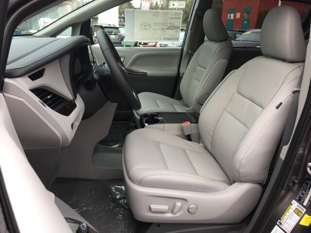 New 2020 Toyota Sienna XLE AWD 7-Passenger