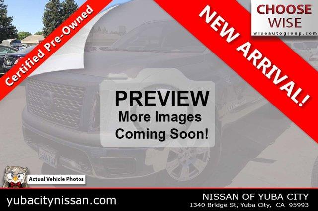 2018 Nissan Titan SV 4x4 Crew Cab SV Regular Unleaded V-8 5.6 L/339 [12]