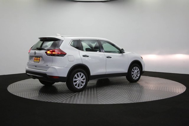 2018 Nissan Rogue for sale 125658 34