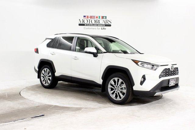 New 2019 Toyota RAV4 in Cleveland, OH