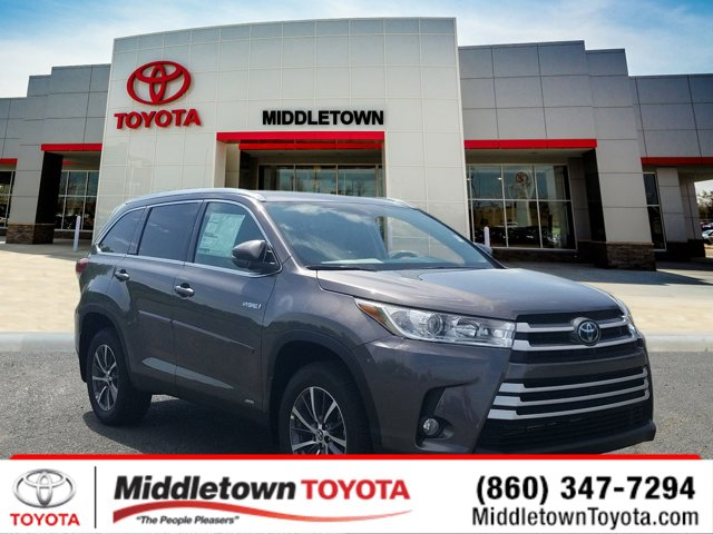 New 2019 Toyota Highlander Hybrid in Middletown, CT