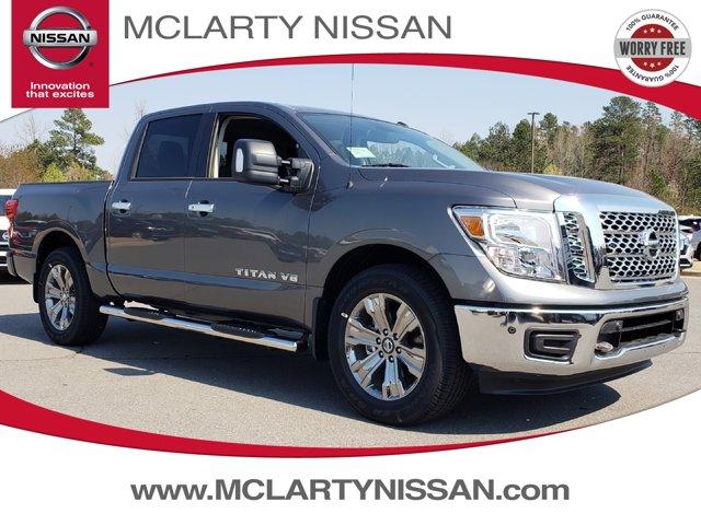 New 2019 Nissan Titan in North Little Rock, AR