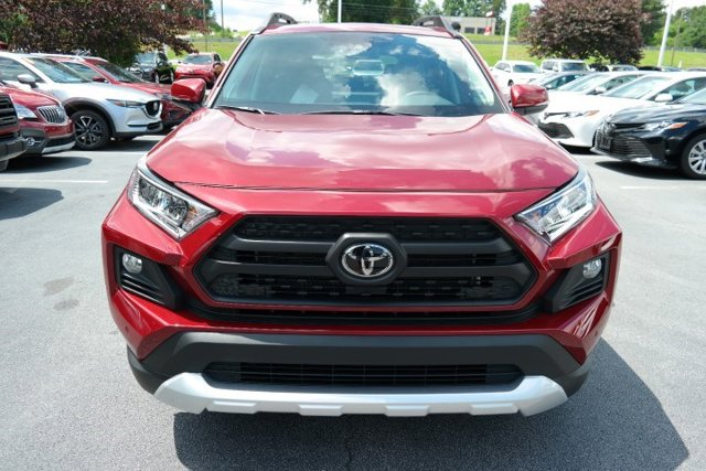 New 2019 Toyota RAV4 in Lakeland, FL