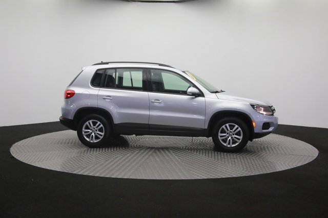 2017 Volkswagen Tiguan for sale 120667 56