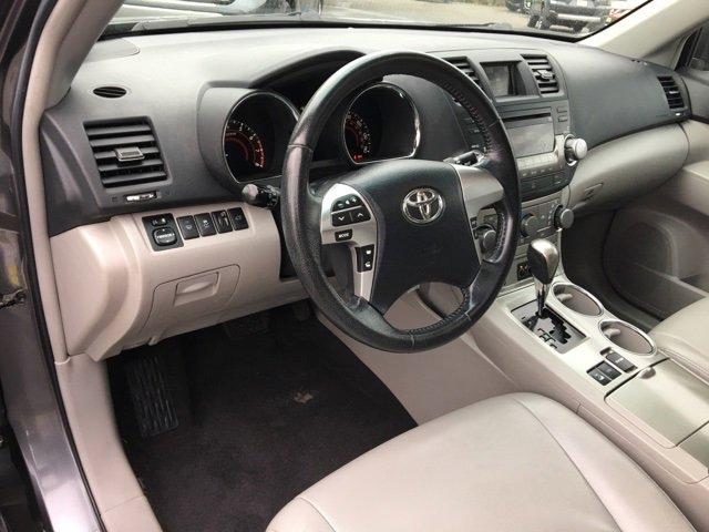 Used 2012 Toyota Highlander 4WD 4dr V6 SE