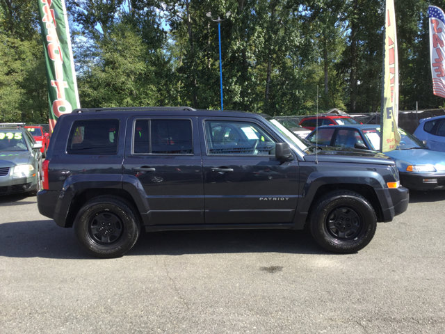 Used 2014 Jeep Patriot FWD 4dr Sport