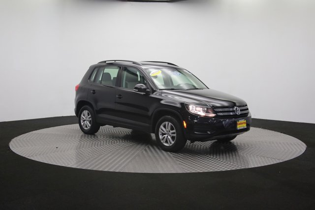 2017 Volkswagen Tiguan for sale 121009 57