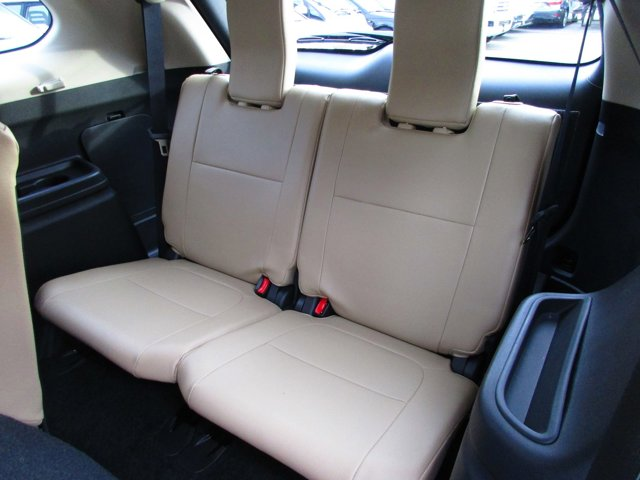 Photo 16 of this used 2017 Mitsubishi Outlander vehicle for sale in San Rafael, CA 94901