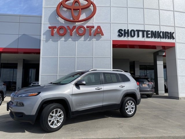 Used 2015 Jeep Cherokee in Quincy, IL
