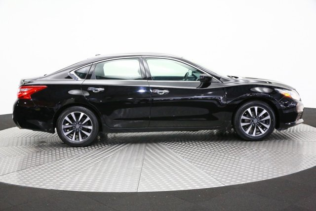 2016 Nissan Altima for sale 122122 3
