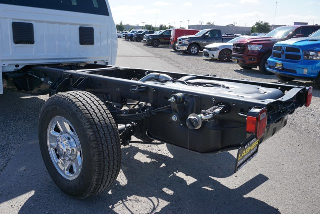 New 2019 Ram 3500 Chassis Cab Tradesman 2WD Crew Cab 60 CA 172.4 WB