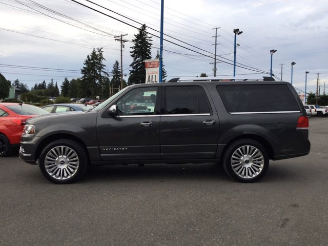 Used 2016 LINCOLN Navigator L 4WD 4dr Select
