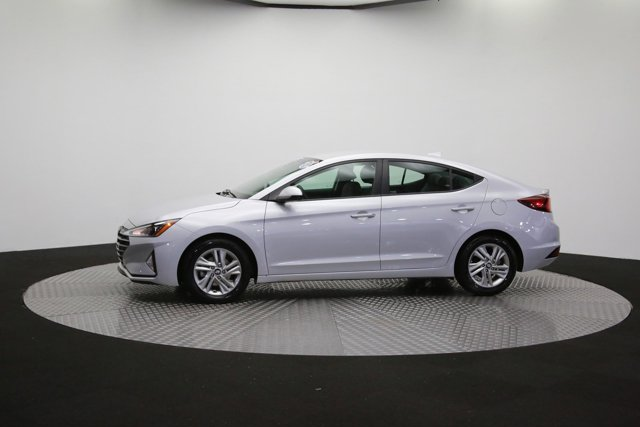 2019 Hyundai Elantra for sale 124300 53