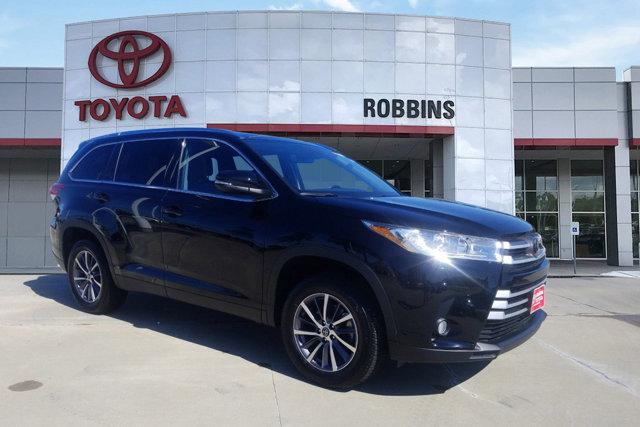 Used 2019 Toyota Highlander in Nash, TX