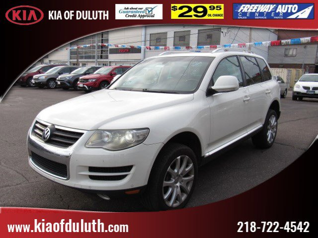 Used 2009 Volkswagen Touareg 2 in Duluth, MN