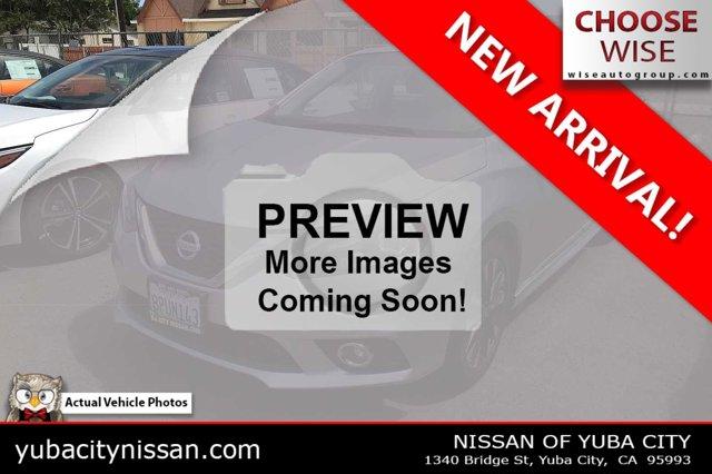 2017 Nissan Sentra SR SR CVT Regular Unleaded I-4 1.8 L/110 [19]
